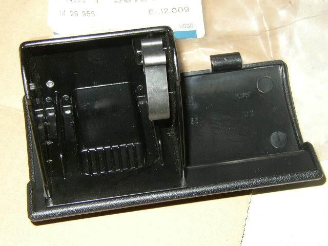 Asbak dashboard zwart - 0